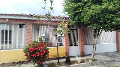 En venta casa en Villas de Aragua Morita I Maracay Estado Aragua