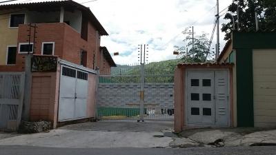 Venta de Casa en el Castaño.Res.Villa Emilia