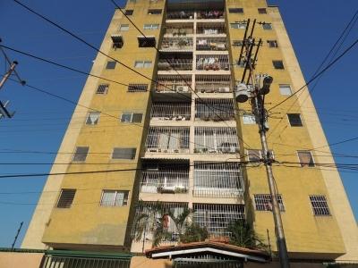 Apartamento  en Urb la Barraca. Res. Nadia