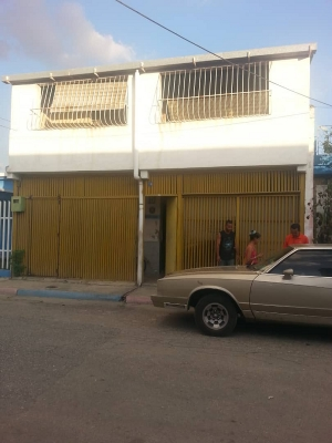 Familia Vegas.Calle Urdaneta N° 19, Barrio Bolívar.