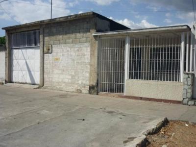 Casa en Venta Las Acacias con Potencial Comercial