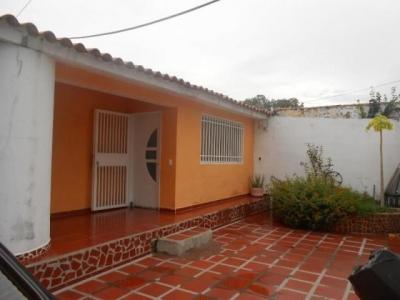 Espectacular casa en venta La Esmeralda