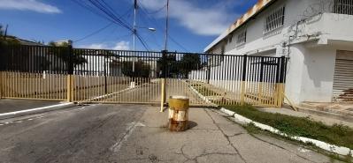 Casa en Urb. La Barraca, Ideal para Remodelar.