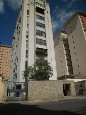 Bonito pent-house en la urbanización calicanto, Maracay.
