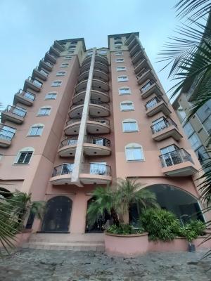 Apartamento en La Arboleda Suites, La Arboleda, Maracay