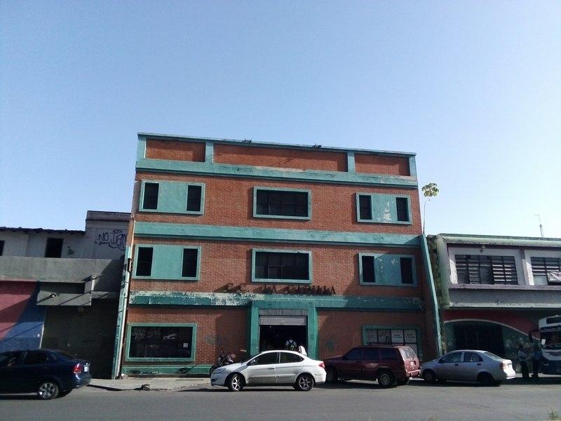 Maracay - Locales Comerciales