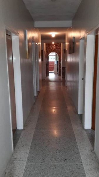 En Venta Casa Multifamiliar de 3 niveles en Sector de Piñonal, Maracay Estado Aragua