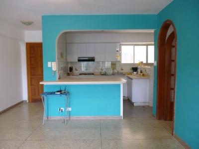 Hermoso apartamento en zona Norte de Maracay