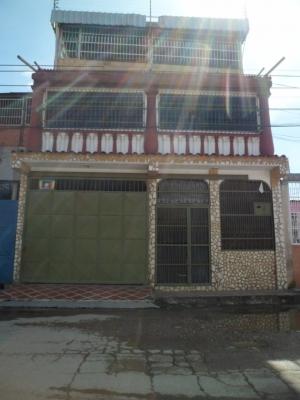 Casa en saman tarazonero II, Maracay.