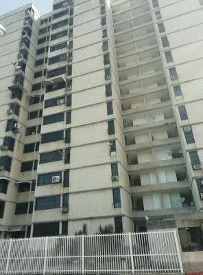 Apartamento en la Urbanización San Jacinto