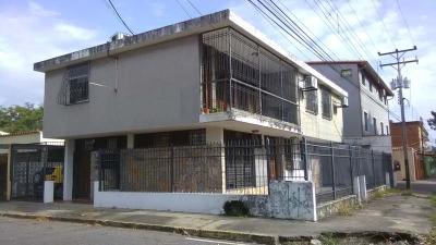 OPORTUNIDAD DE INVERSIÓN EN ESQUINA DE LA AV ANDRÉS VARELA
