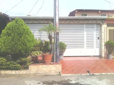 BELLA Y ACOGEDORA CASA EN ALTO BARINAS SUR