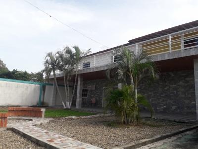 EXCELENTE GALPÓN INDUSTRIAL Y COMERCIAL EN LA CASTELLANA DE BARINAS