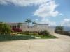Hermosa Casa con Piscina y Áreas Verdes. Urbanización Privada
