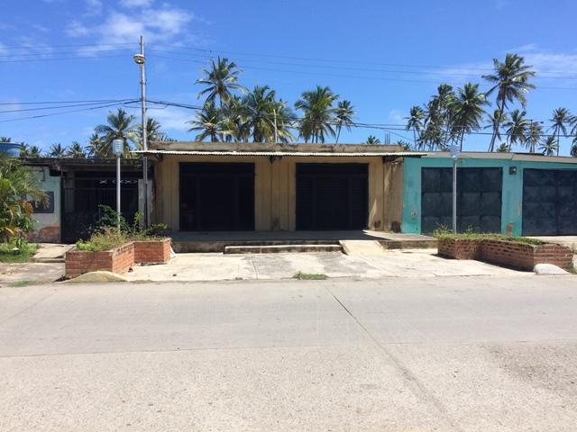 Boca de Aroa - Locales Comerciales