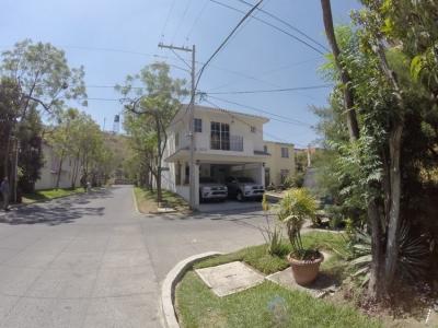 CITYMAX-MIX VENDE CASA EN LAS FUENTES SAN MIGUEL PETAPA