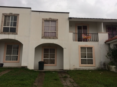 Linda Casa en Venta en Alamedas de Villa Flores
