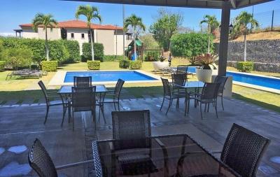 Apartamento, 120 m2, 3 Hab, Condos del Rio, Brasil de Mora