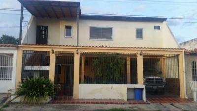 Casa en Cagua, Corinsa