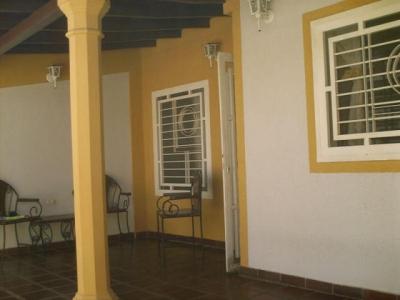 Venta de Oportunidad casa de 61mts2 en Urb.privado Cagua