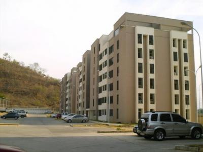 Venta de Oportunidad Apartamento de 83Mts2 en Urb. Privado Cagua.