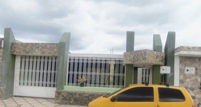 Casa en venta urbanización bosque cagua