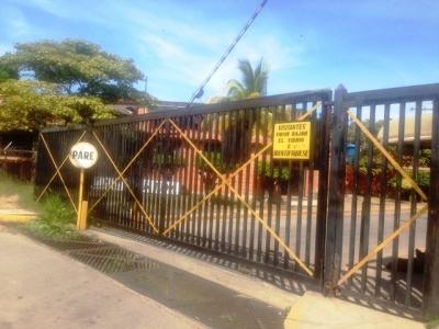 VENTA DE APARTO-CASA EN CAGUA, PRADOS DE LA ENCRUCIJADA