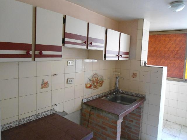 Apartamento en Venta Urb El Saman Cagua