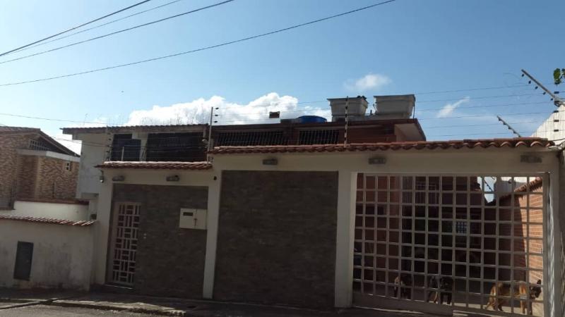 Los Anaucos - Casas o TownHouses