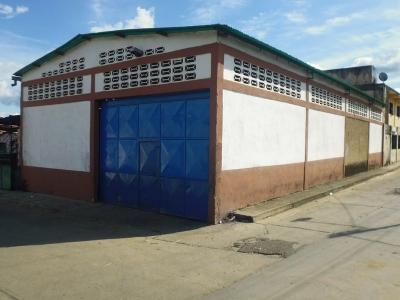 Cod 441. Oportunidad: Galpón de 185 M² en Venta. La Honda – Tocuyito.