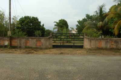 Oportunidad para Invertir Casa de Campo en Urb. Safari
