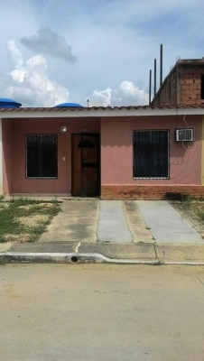 Vendo Casa en San Pablo de Valey - Libertador