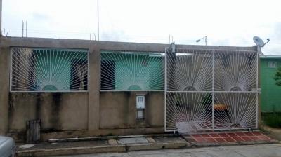En venta casa en Tocuyito