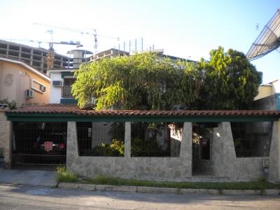Casa en el Urb. El Bosque Valencia