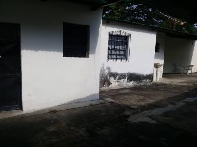 Casa en Urb. Pocaterra - LGC-082