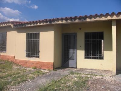 GRAN OPORTUNIDAD CASA EN SAN PABLO VALLEY en OBRA GRIS
