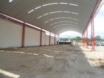 BODEGA INDUSTRIAL DE RECIENTE CONSTRUCCIÓN  EN VILLA NUEVA