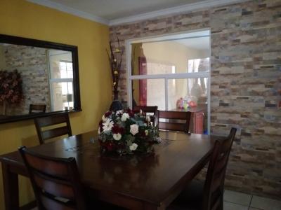 Casa muy linda en venta en Residenciales Tabacal II