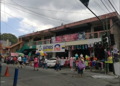 Se Vente Centro Comercial con 12 locales en Villa Nueva