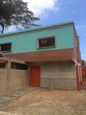 Casa en Urb. Asocata, Bahia de Cata