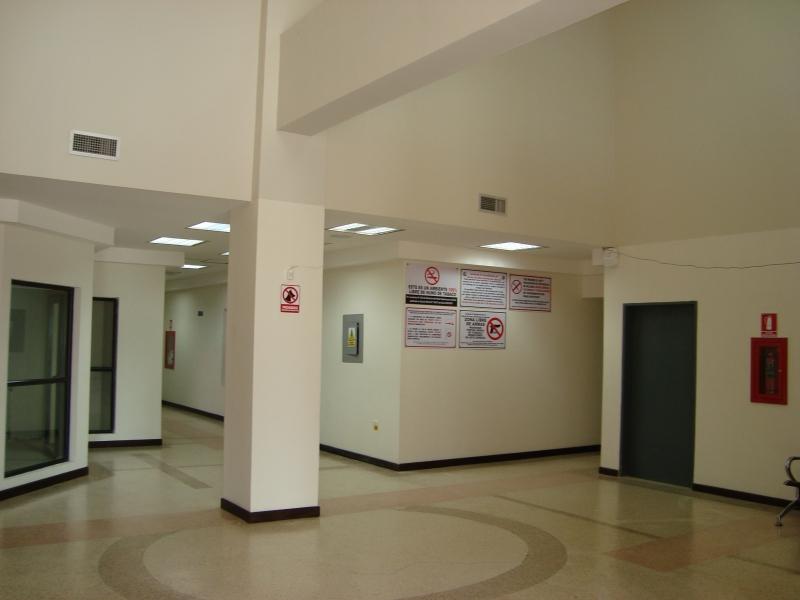 Puertas De Baño Tachira:DE OPORTUNIDAD CONSULTORIO TOTALMENTE NUEVO EN PRESTIGIOSO CENTRO DE