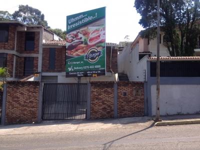 Casa San Cristobal , Avenida España
