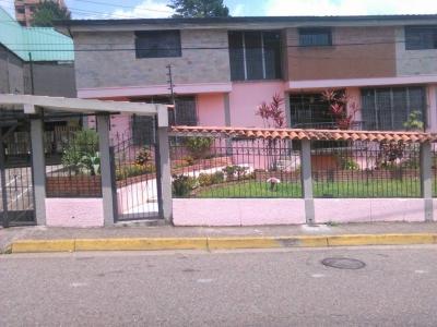 Espectacular Casa Av. Ferrero Tamayo
