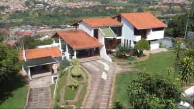 Casa Quinta En Las Lomas