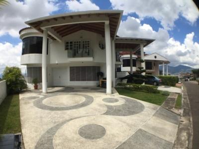 Ampli Casa En Urbanizacion Tachira Country Club