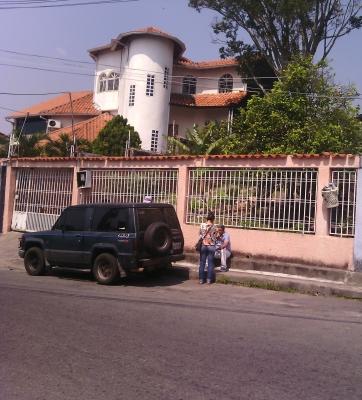 Vendo Casa amplia en San Cristóbal-El Valle