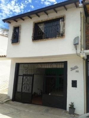OPORTUNIDAD BELLA CASA UBICADA EN PUEBLO CHIQUITO PALMIRA