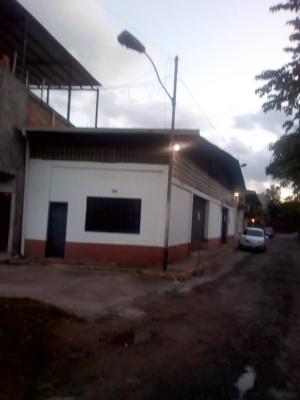 GALPON  RIBERAS DEL TORBES