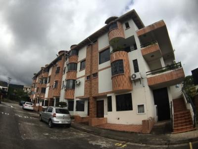 Duplex Townhouse (160Mts2) en Villas de Pirineos