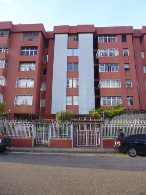 Apartamento en Edificio Altamira